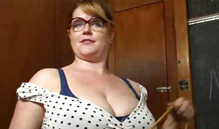 سینه کلان, استریپتیز, در, مرحله سکس ویدیو خارجی