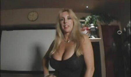 Raylene و ناتاشا خوب قیچی بهترین ویدیو سکسی