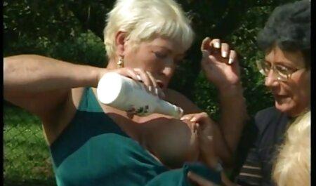 مگا دختر, داغ آنا بل قله می دهد یک کار سکس خارجی ویدیو باور نکردنی