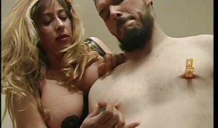 عالی بانوی جنی گلم تبدیل به ویدیو سکس کیم کارداشیان یک فاحشه